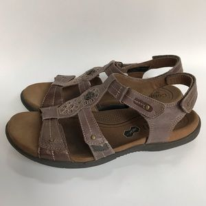 Cobb Hill Revsoothe leather sandals- 10N
